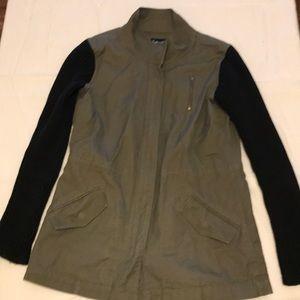 Light spring jacket, no lining. Good condition.